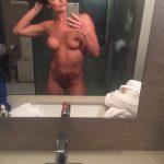 Tussi Amateur Freundin Nackt Bild Spiegel Selfie