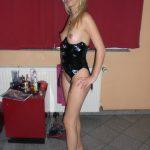 Nacktfoto Amateur Freundin Im Lackkleid